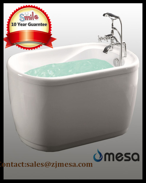 (3) MEC-3016 -Small Portable Freestanding Oval Round Deep Soaking Bathtub.jpg