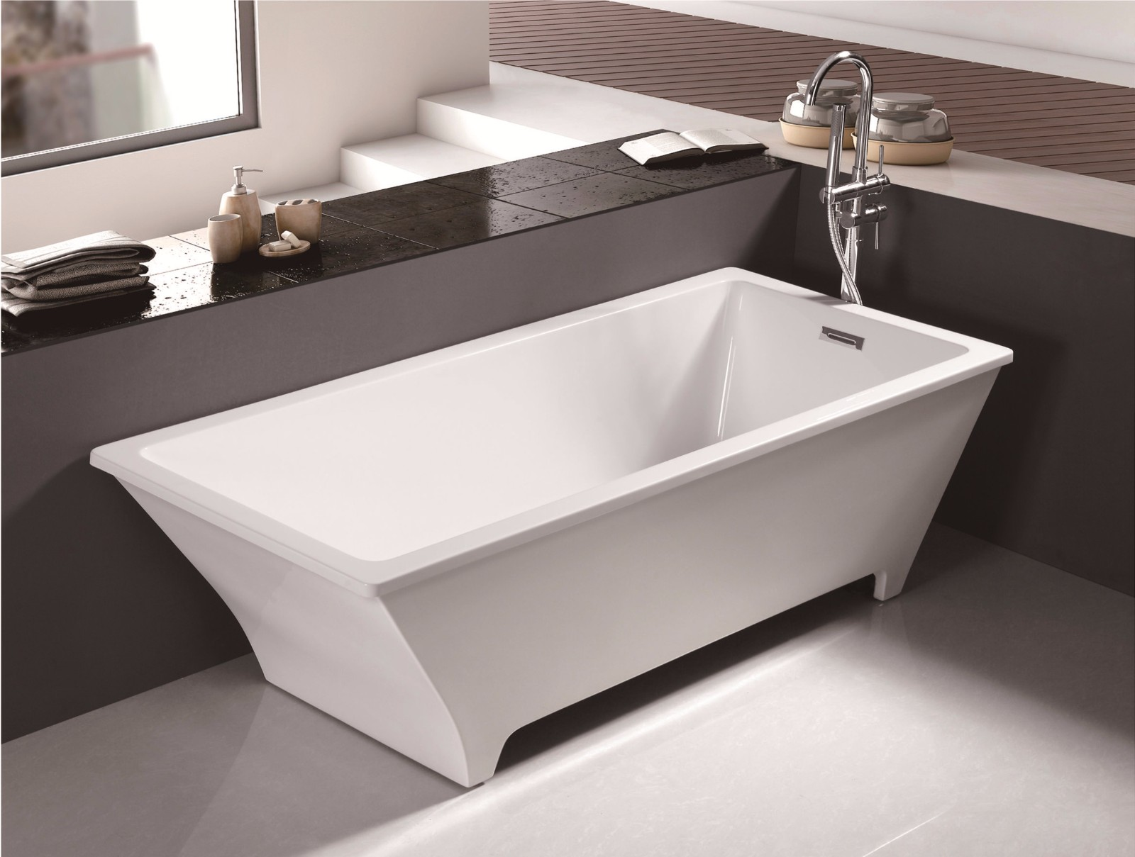 (3)MEC3134-Irregular Rectangular Polished Chrome White Freestanding Bathtub.jpg